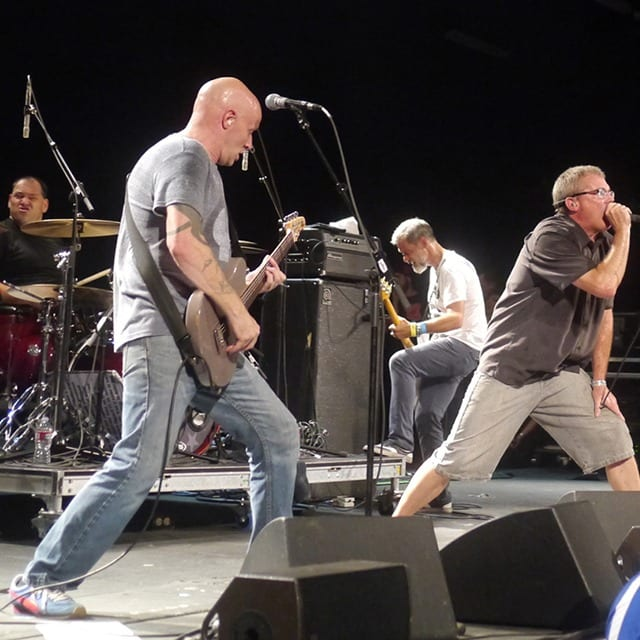 descendents1-band-rz-2